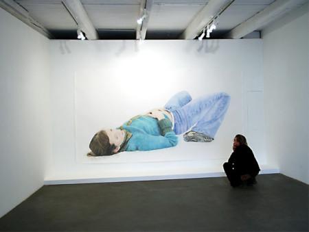 Liegende, 2004, Crayon on paper, 400 x 240 cm